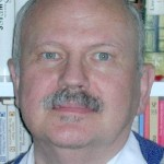 MR Dr Franz Holzhauser MAS